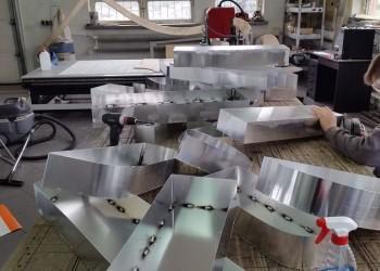 szyld wtrakcie produkcji 4